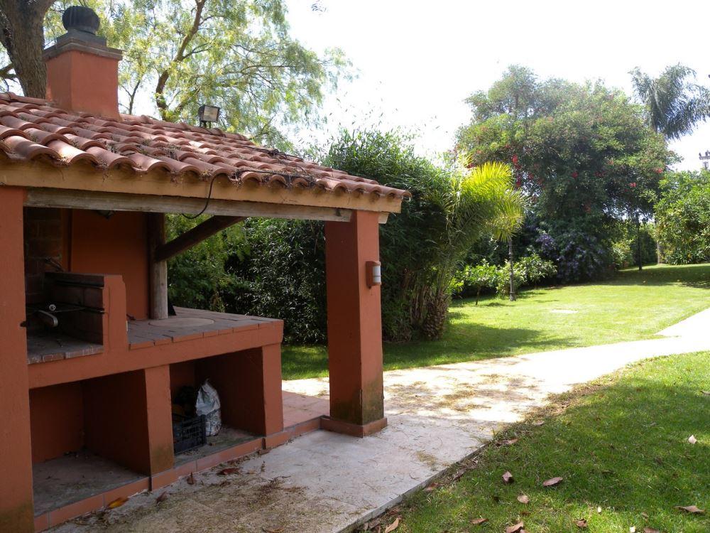 Villa in Vendita di 345mq con garage e giardino ...